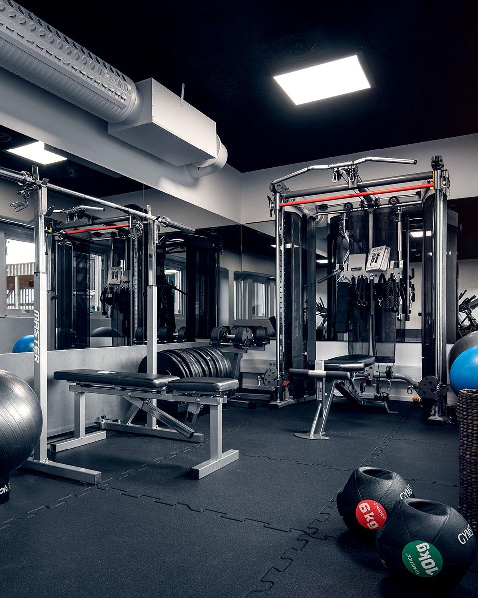Välutrustat Gym på Heima kontorshotell